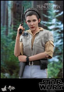 Hot Toys – MMS549 -《星際大戰六部曲:絕地大反攻》莉亞公主 Princess Leia 1/6 比例人偶作品
