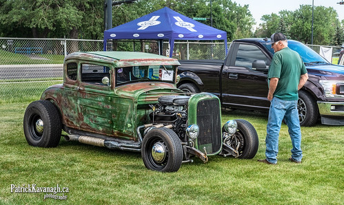 RAT Rod Looking