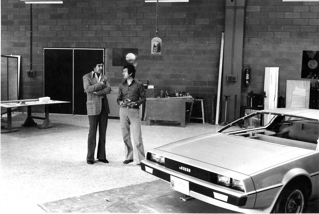 從天才到罪犯、從冰箱到史上最偉大時光車,《回到未來》迪羅倫DMC-12的驚人歷史