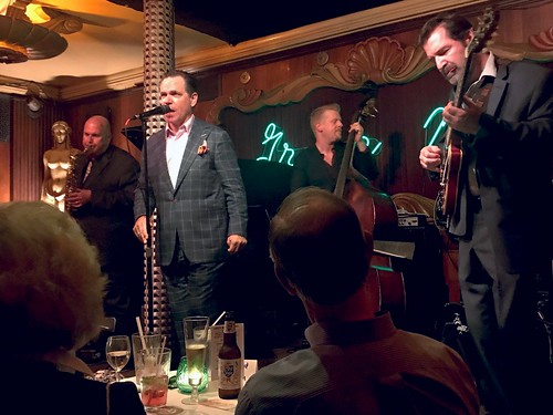 Kurt Elling plays @ The Green Mill Lounge-CHICAGO's coolest Jazz Club