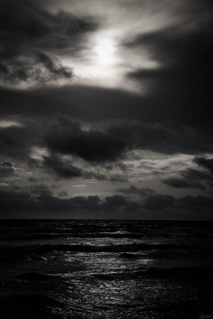 Entre Ciel et Terre, la Mer.