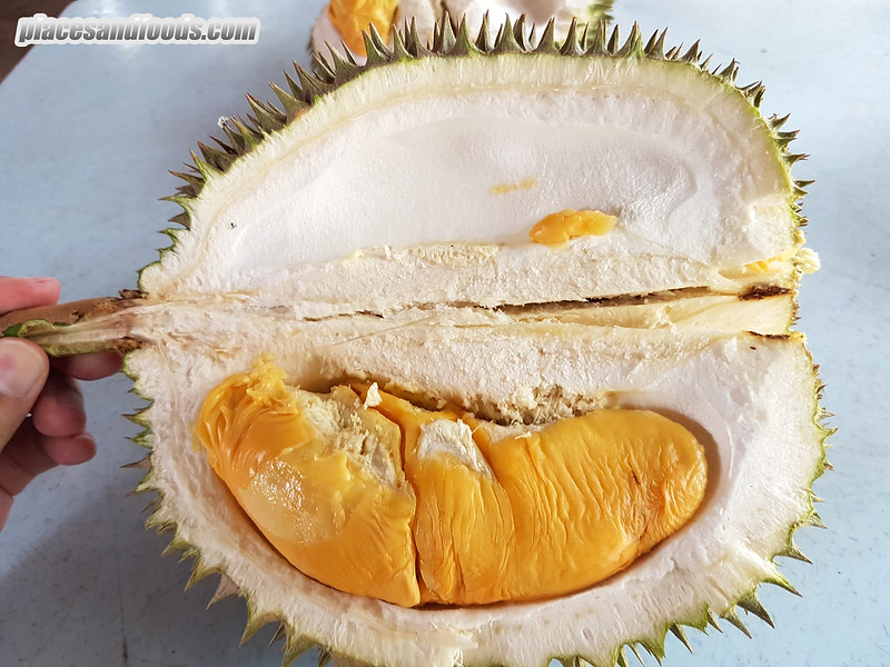 placesandfoods durian red prawn
