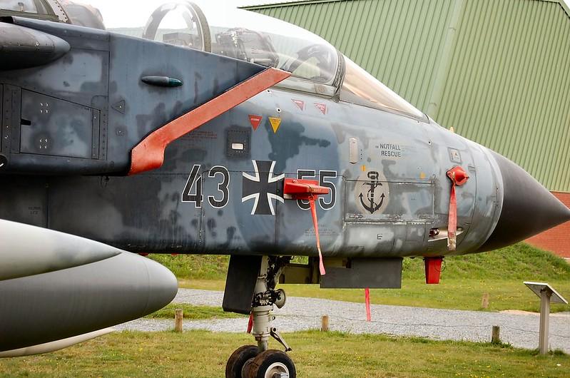Panavia 200 Tornado IDS 00042