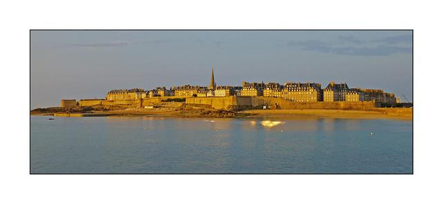 Saint-Malo im letzten Licht