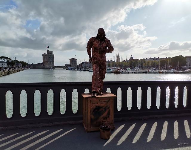 Artiste de rue à La Rochelle