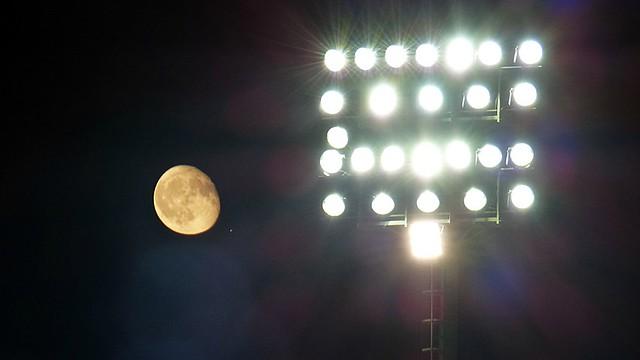 La Luna allo stadio - Chi brilla di più?
