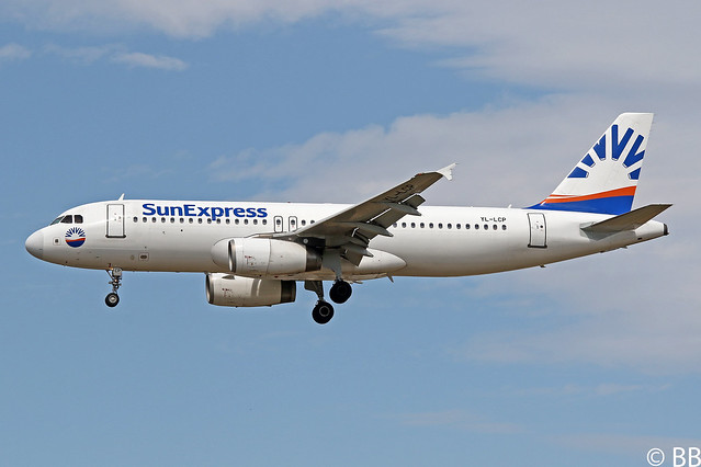 19-08-11, SunExpress Germany, Airbus A320-200, YL-LCP, Frankfurt Airport