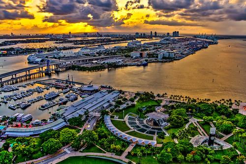 hdr dynamic range miami port sunrise daybreak bayside bayfront park marketplace marina sea biscayne amphitheater