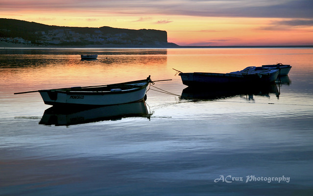 Sunset Twin Boats