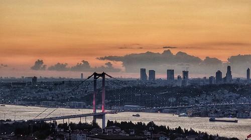 istanbul üsküdar boğaziçi bosphorus kirazlıtepe günbatımı sunset boğazköprüsü htcu11 htc beylerbeyi akşam işık lights
