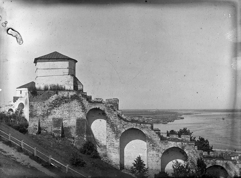06. 1898. 1 июля. Нижний Новгород. Часть Кремлевской стены.