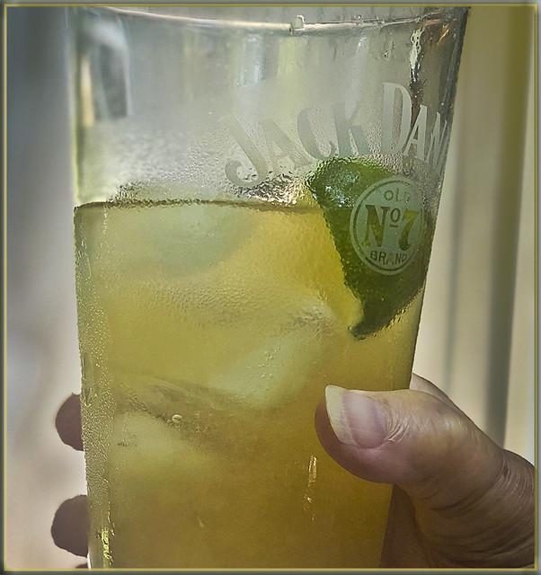 Gin Drambuie Spritz