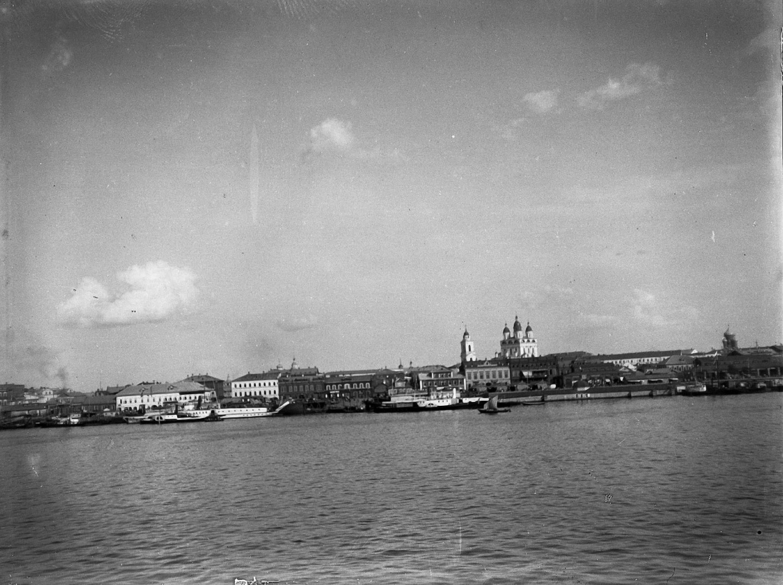 20. 1898. 7 июля. Астрахань с Волги