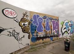 Graffiti bollard