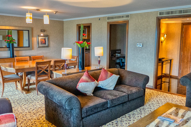 Intercontinental Nairobi Suite livingroom