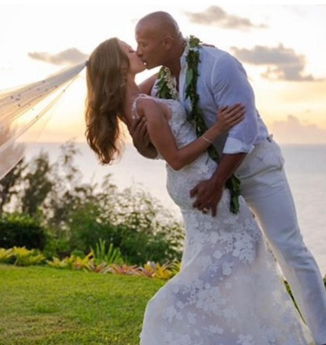 Dwayne Johnson And Lauren Hashian's Hawaiian Wedding Pics