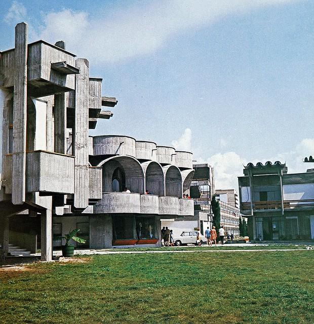 Nicola Nicolov @ Restaurant Magura, Bar Orient, Hotel Kontinental, Slanchev Bryag Resort (près de Nessebar), Bulgarie, 1965-1968