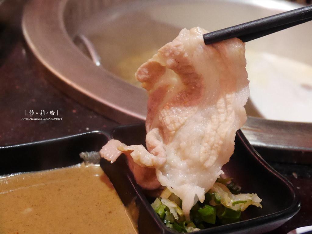 台北火鍋燒烤吃到飽小蒙牛新莊店聚餐餐廳推薦啤酒喝到飽 (1)
