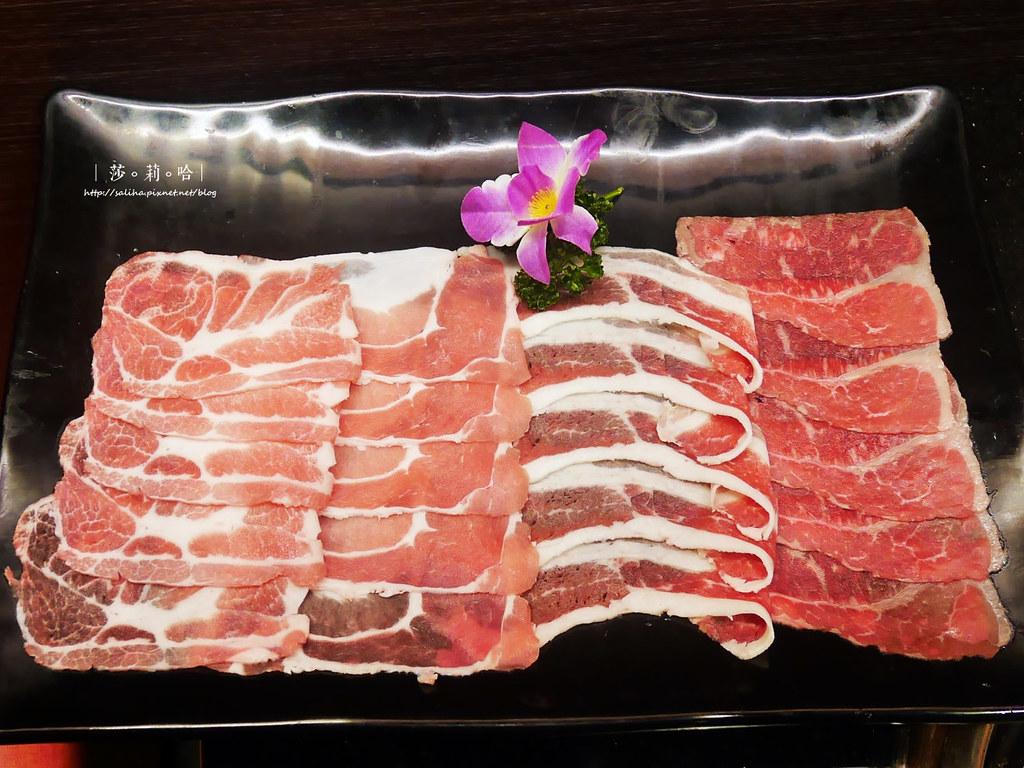 台北火鍋燒烤和牛吃到飽小蒙牛新莊店