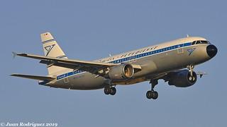 D-AICH - Condor - Airbus A320-212 - PMI/LEPA