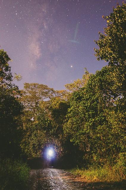 Milky way con luna.