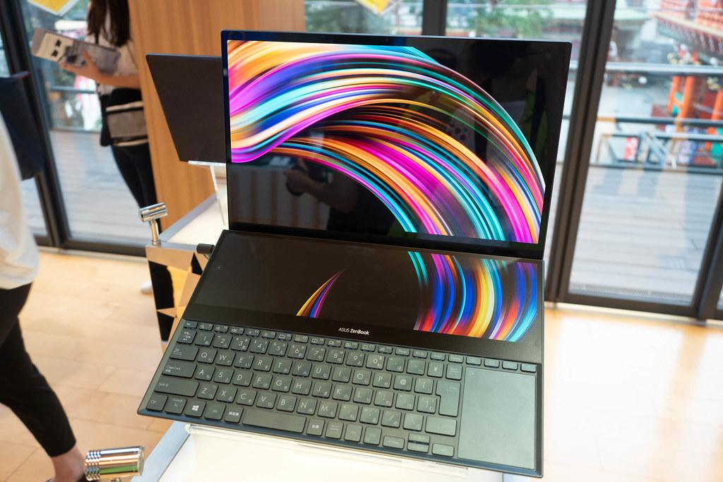 ASUS_Zenfone6_ZenBook-8