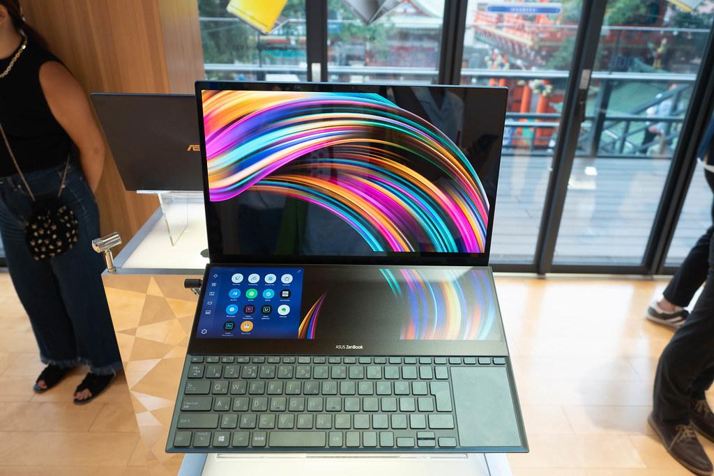 ASUS_Zenfone6_ZenBook-9