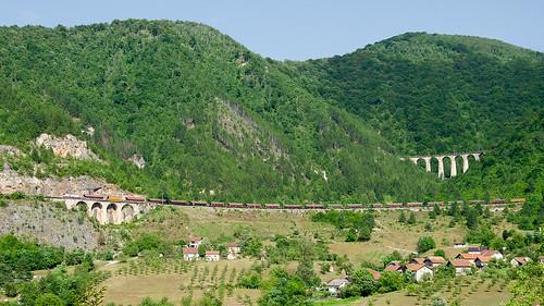 railway železnice train vlak bahn zug lokomotiva locomotive elektrická střídavá řada441 trať11 ba bosniaandherzegovina bosnia bosnaahercegovina bosna žfbh željeznicefederacijebosneihercegovine