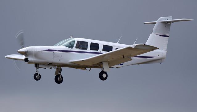 Piper PA-32 Lance