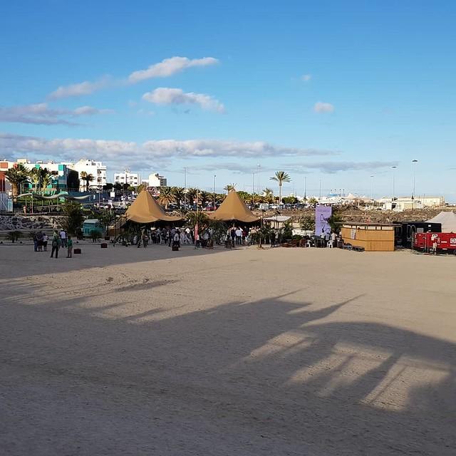 Playa artificial en Puerto Calero