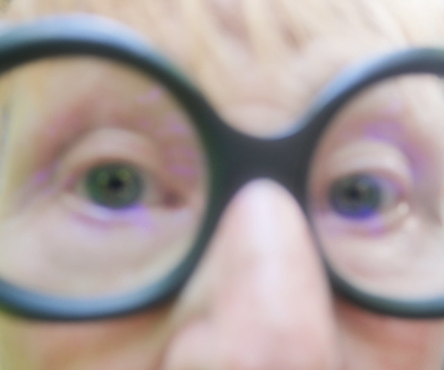 Photo by Lotti: extreme close-up, so called Italian Shot: My mother`s eyes behind glasses Lottis Foto: Augen meiner Mutter. Brille: