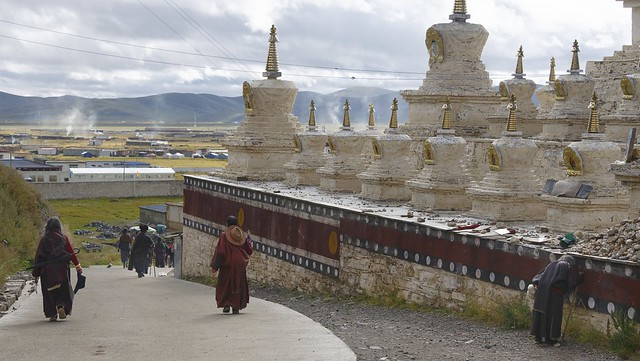 Kora walk at Sershul, Tibet 2018