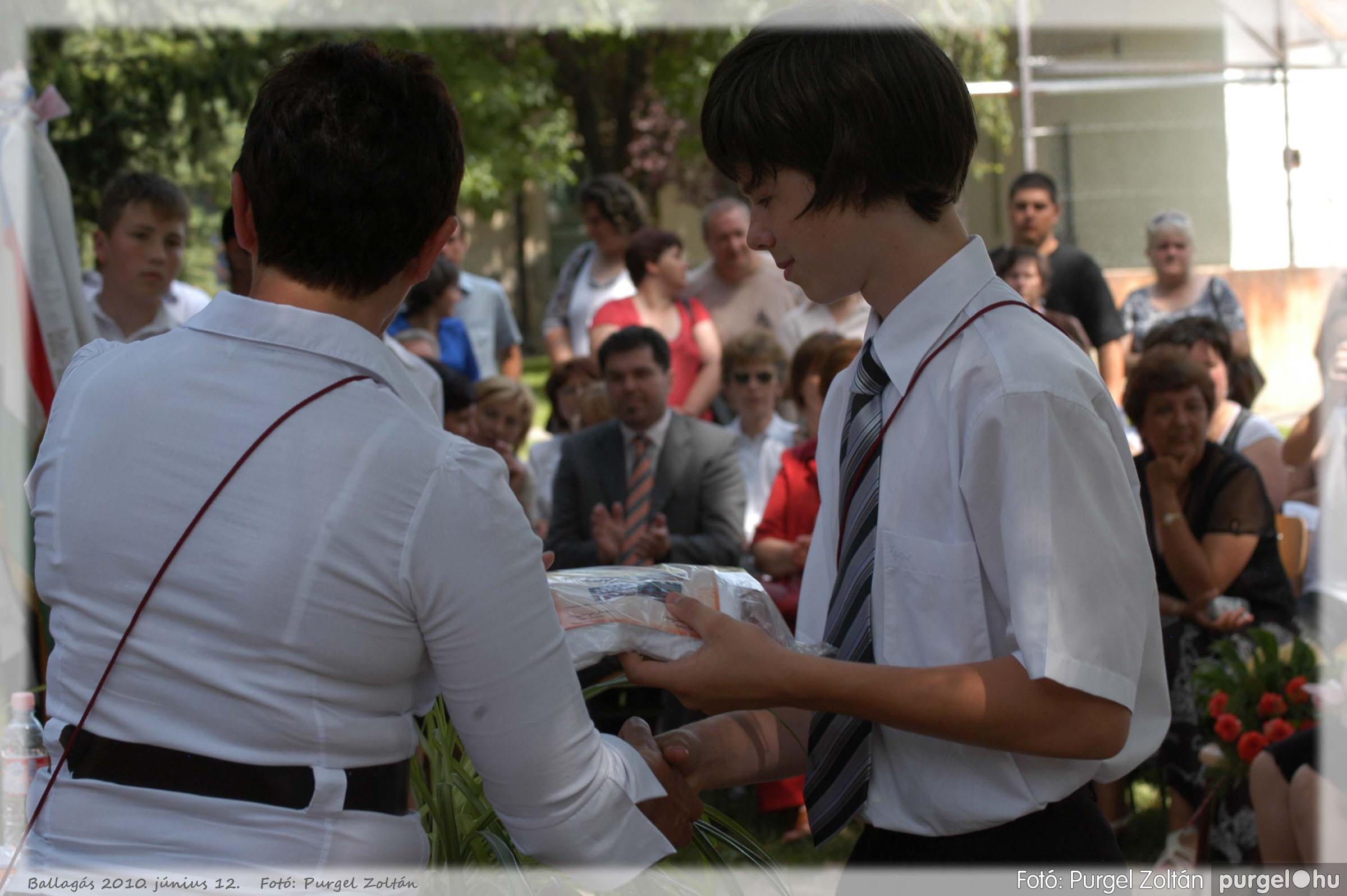 2010.06.12. 389 Forray Máté Általános Iskola ballagás 2010. - Fotó:PURGEL ZOLTÁN© 389.jpg