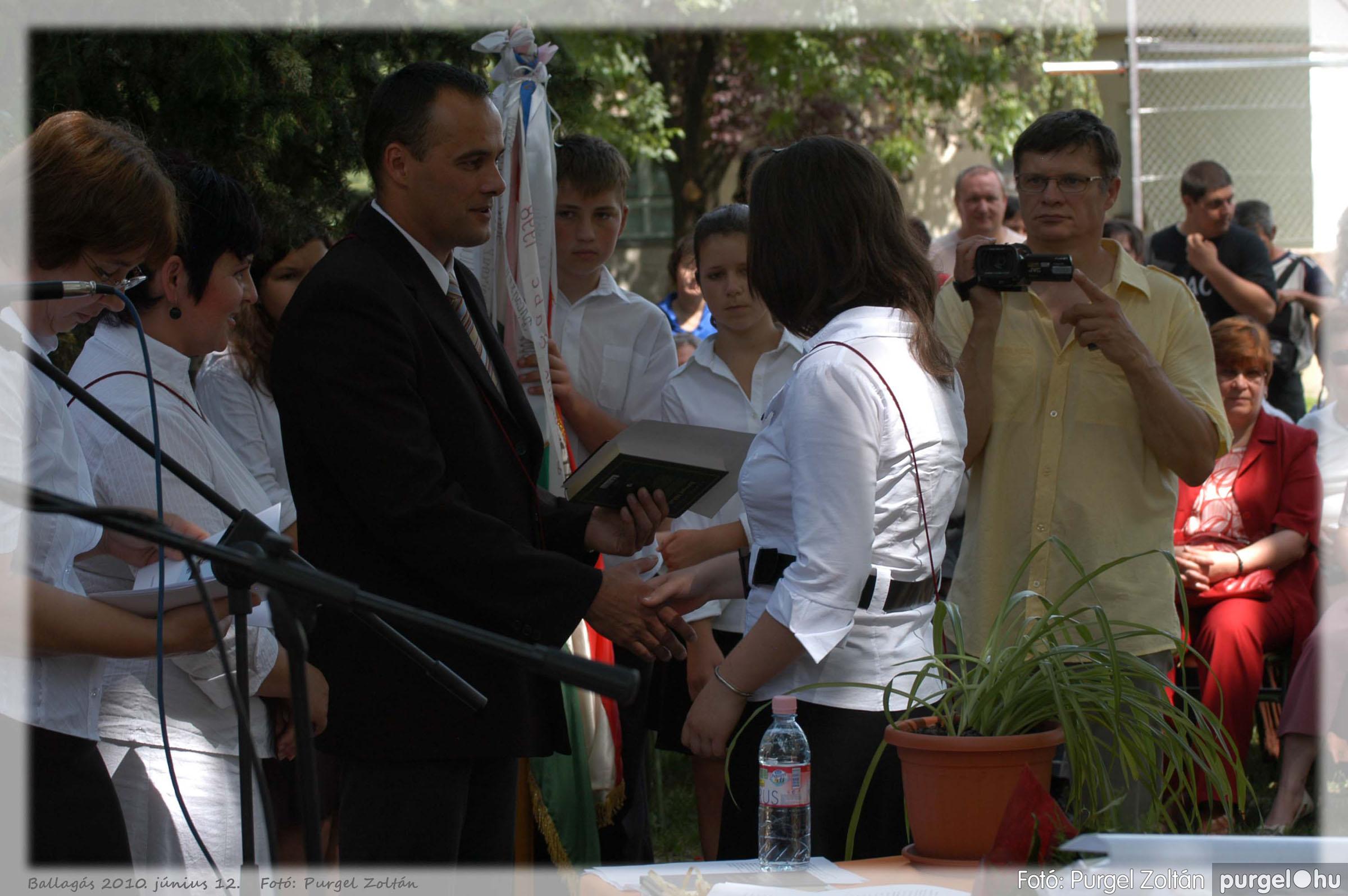 2010.06.12. 341 Forray Máté Általános Iskola ballagás 2010. - Fotó:PURGEL ZOLTÁN© 341.jpg