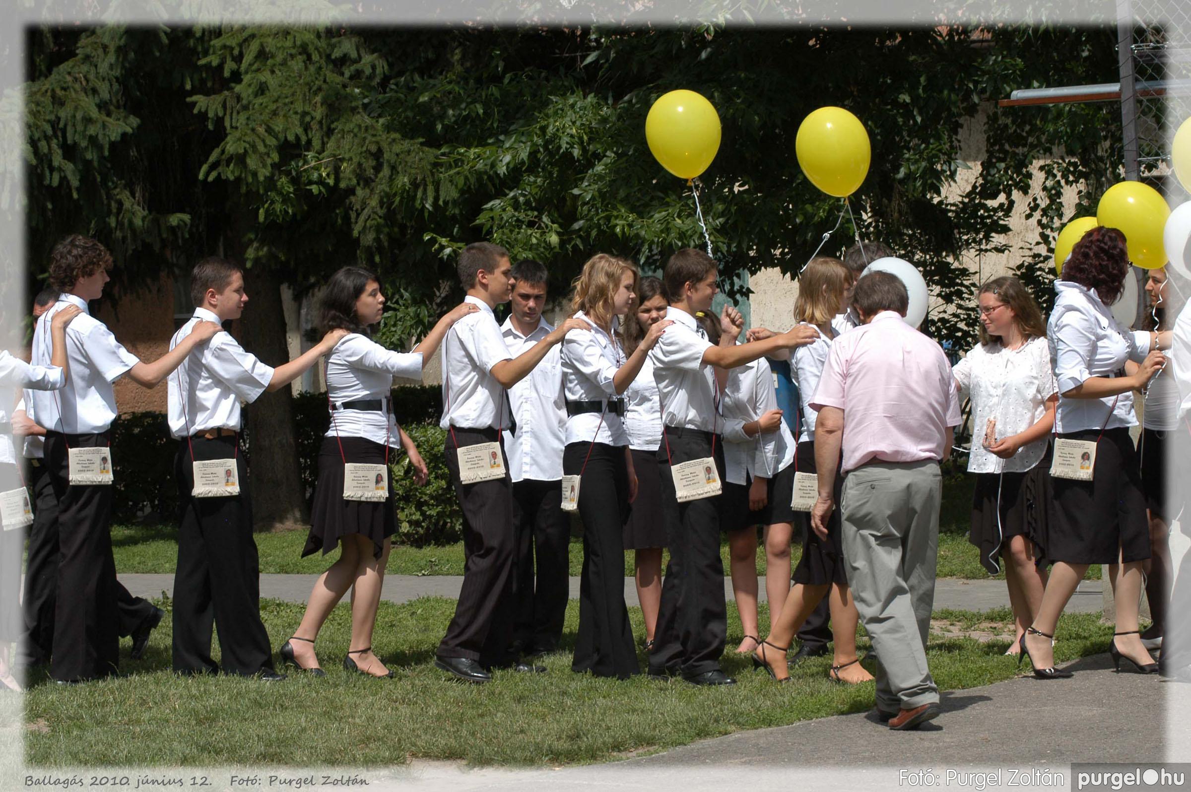 2010.06.12. 489 Forray Máté Általános Iskola ballagás 2010. - Fotó:PURGEL ZOLTÁN© 489.jpg