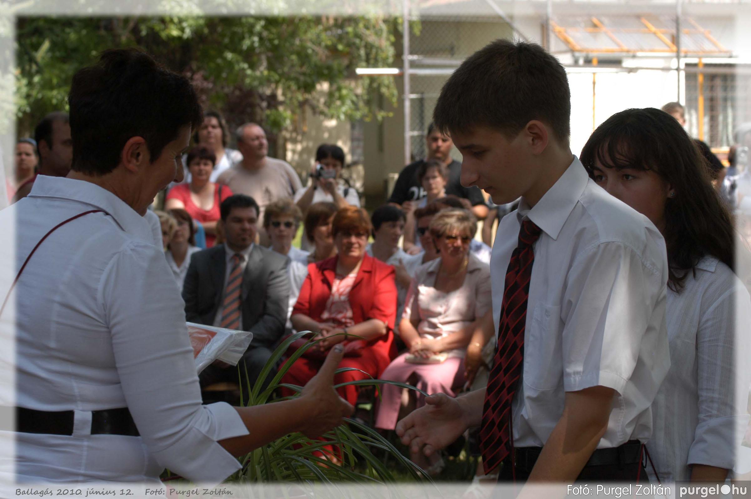 2010.06.12. 418 Forray Máté Általános Iskola ballagás 2010. - Fotó:PURGEL ZOLTÁN© 418.jpg