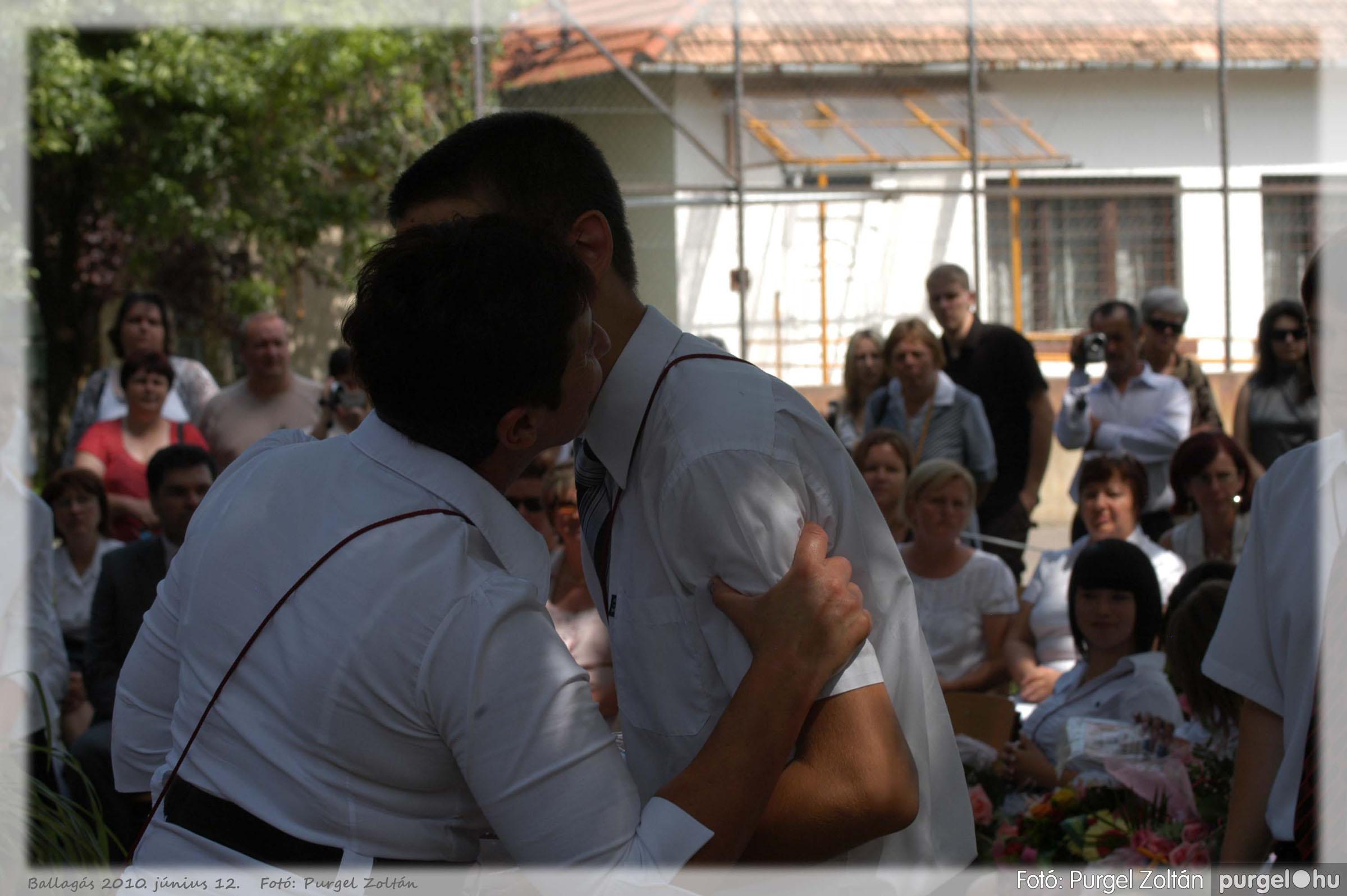 2010.06.12. 414 Forray Máté Általános Iskola ballagás 2010. - Fotó:PURGEL ZOLTÁN© 414.jpg