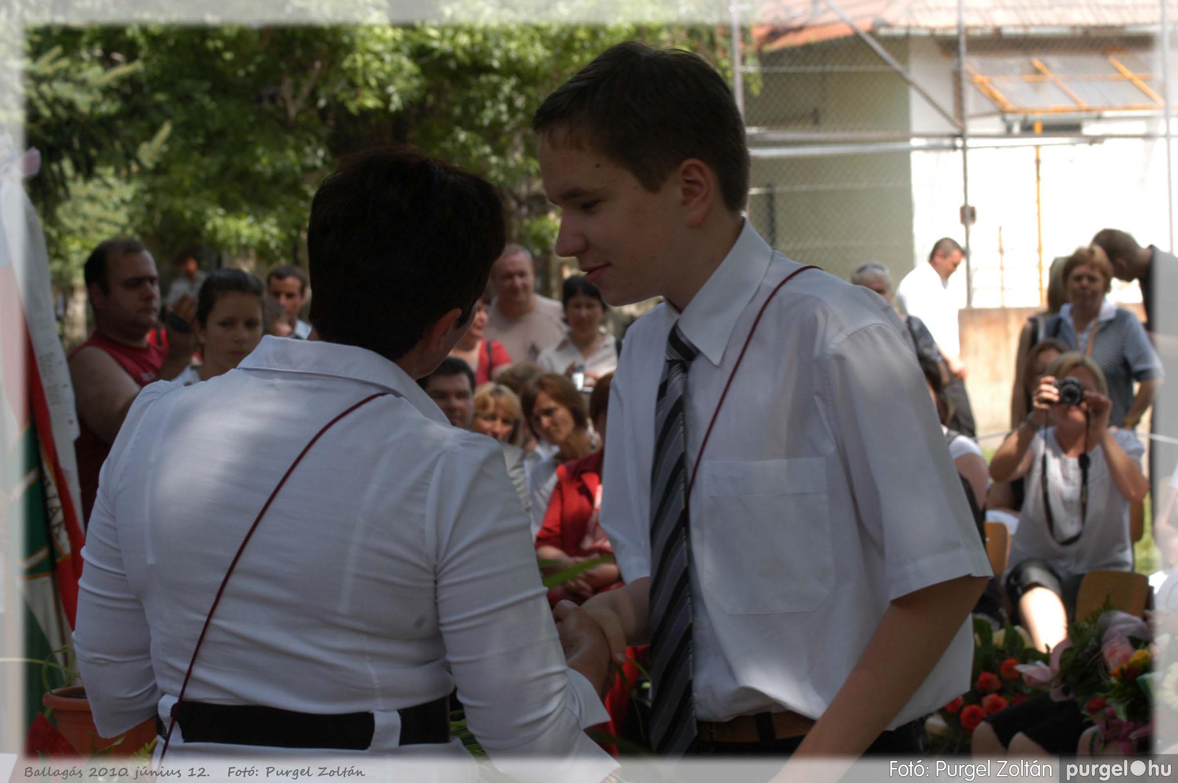 2010.06.12. 393 Forray Máté Általános Iskola ballagás 2010. - Fotó:PURGEL ZOLTÁN© 393.jpg