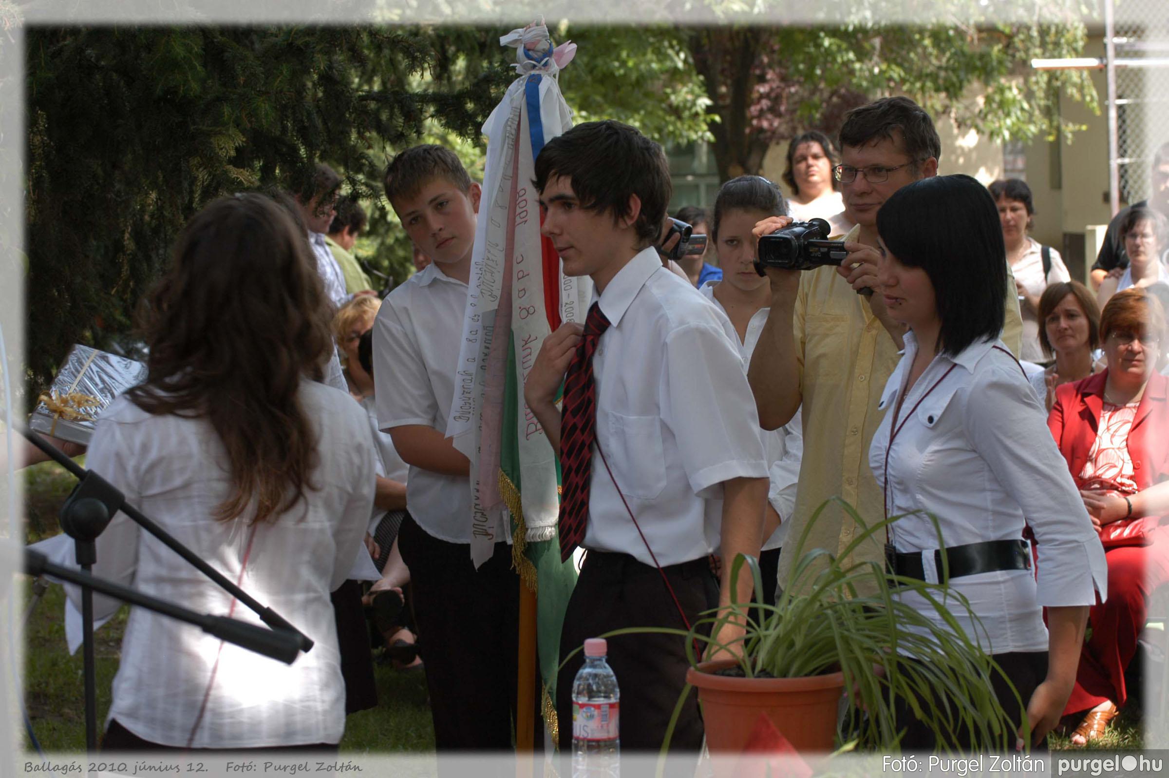 2010.06.12. 376 Forray Máté Általános Iskola ballagás 2010. - Fotó:PURGEL ZOLTÁN© 376.jpg