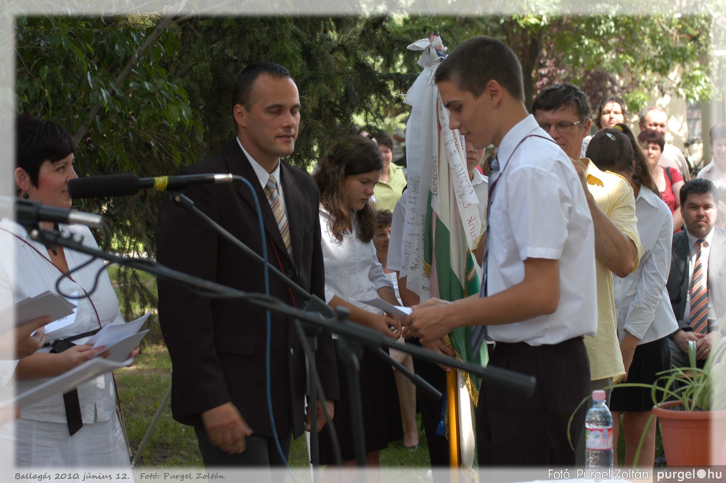 2010.06.12. 364 Forray Máté Általános Iskola ballagás 2010. - Fotó:PURGEL ZOLTÁN© 364.jpg