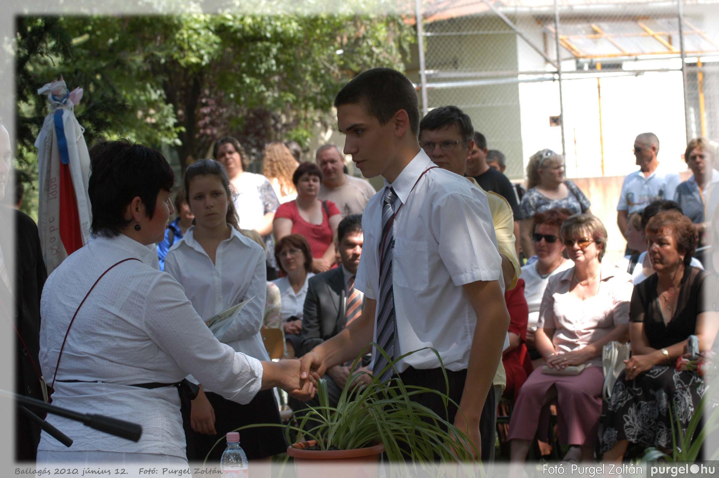 2010.06.12. 338 Forray Máté Általános Iskola ballagás 2010. - Fotó:PURGEL ZOLTÁN© 338.jpg