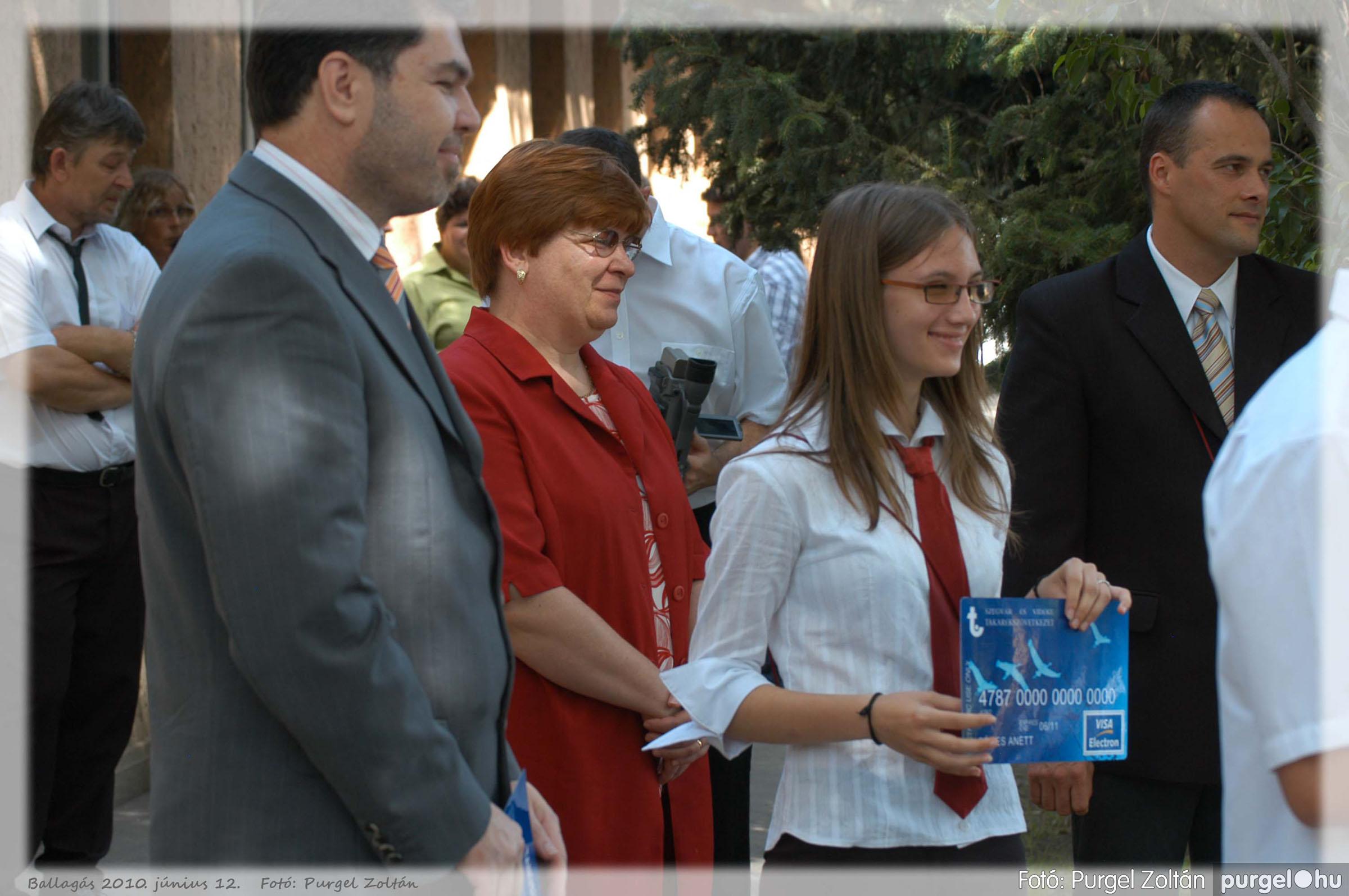 2010.06.12. 310 Forray Máté Általános Iskola ballagás 2010. - Fotó:PURGEL ZOLTÁN© 310.jpg