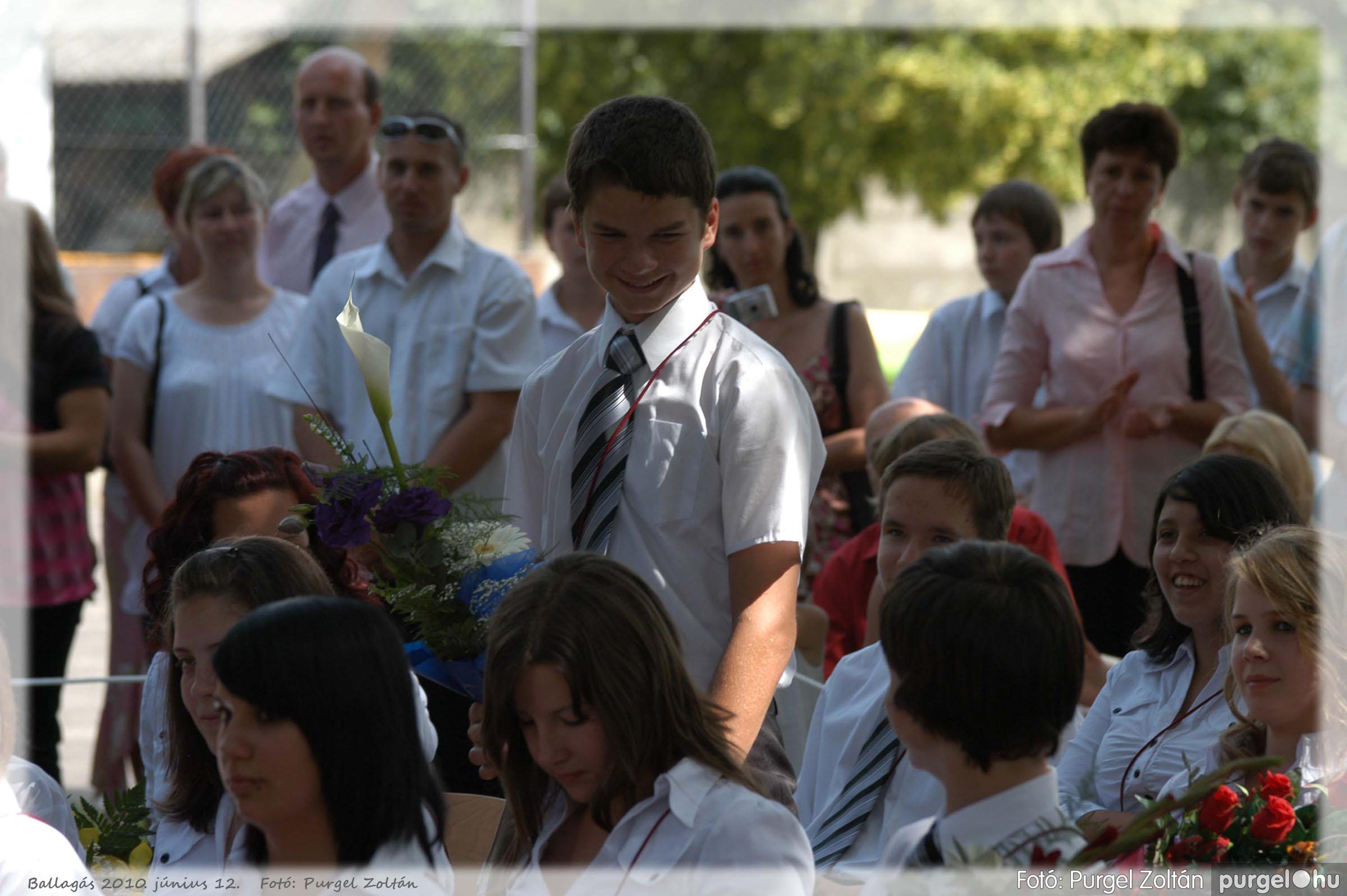 2010.06.12. 241 Forray Máté Általános Iskola ballagás 2010. - Fotó:PURGEL ZOLTÁN© 241.jpg