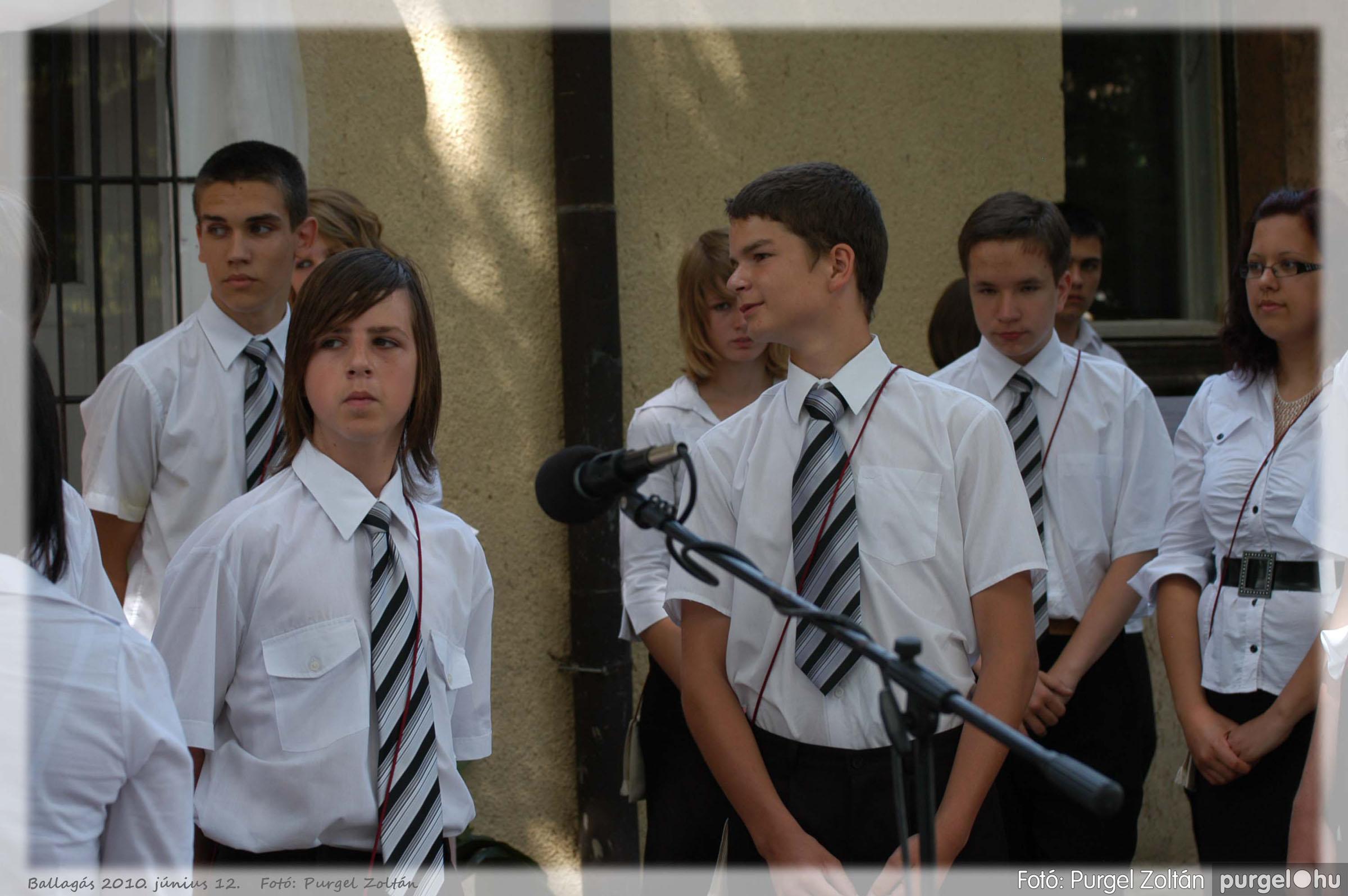 2010.06.12. 135 Forray Máté Általános Iskola ballagás 2010. - Fotó:PURGEL ZOLTÁN© 135.jpg