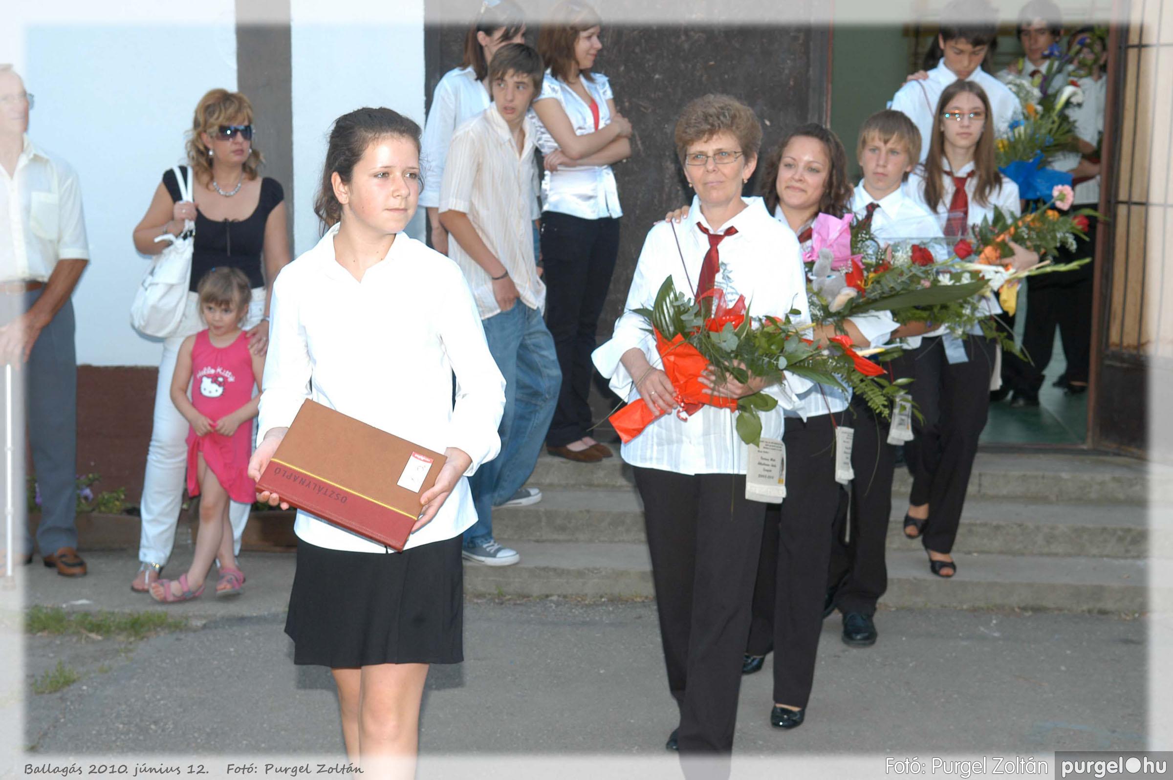 2010.06.12. 035 Forray Máté Általános Iskola ballagás 2010. - Fotó:PURGEL ZOLTÁN© 035.jpg
