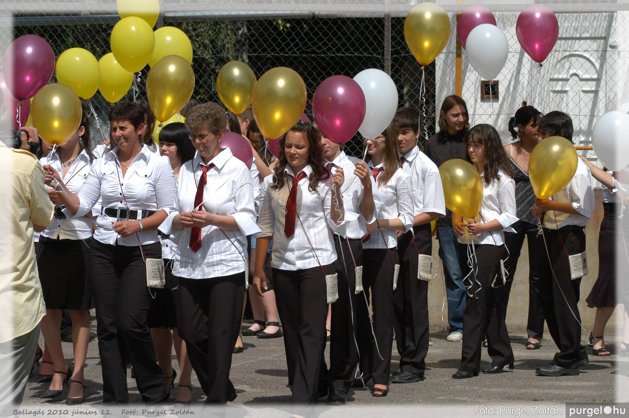 2010.06.12. 490 Forray Máté Általános Iskola ballagás 2010. - Fotó:PURGEL ZOLTÁN© 490.jpg