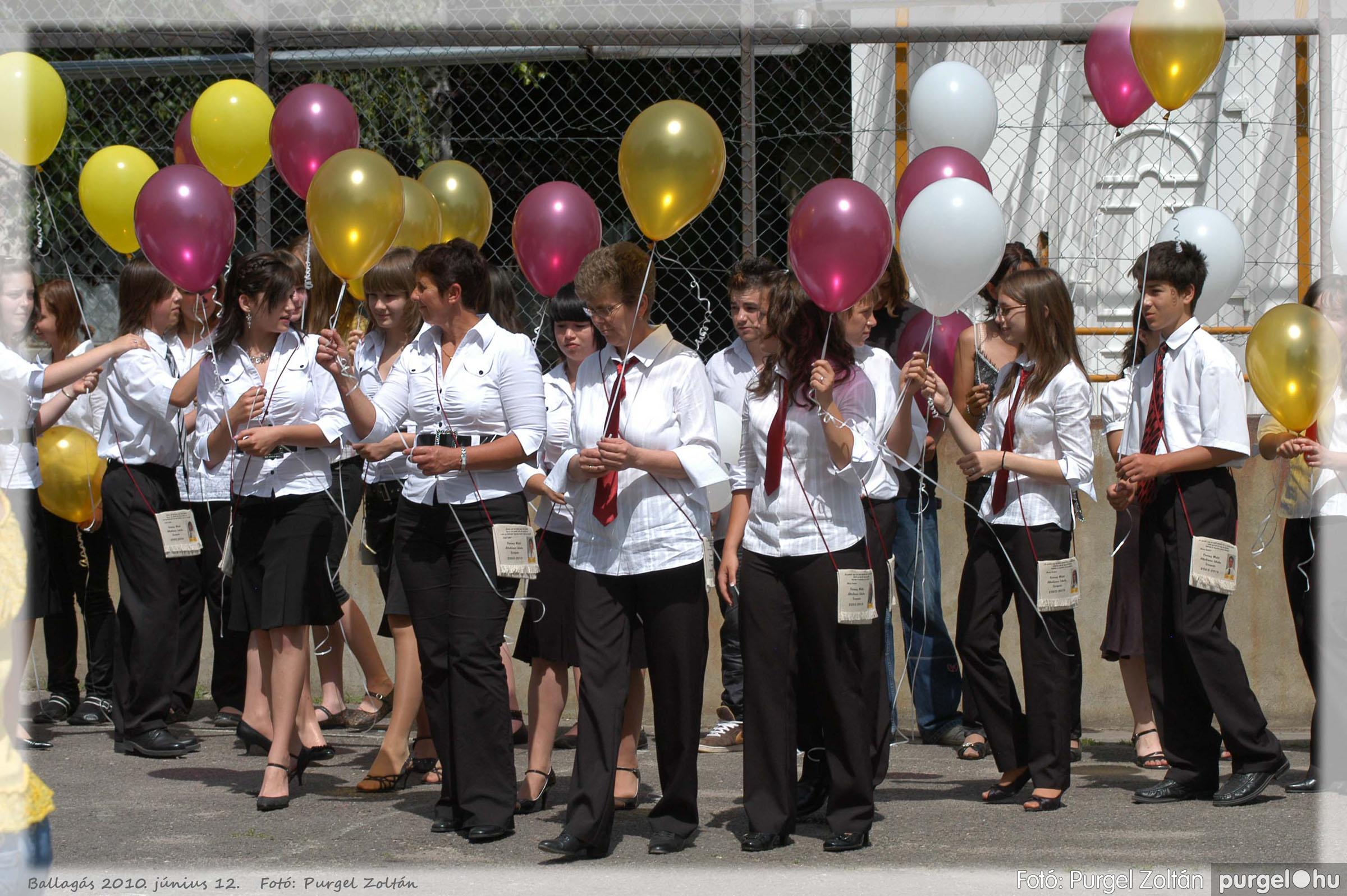 2010.06.12. 486 Forray Máté Általános Iskola ballagás 2010. - Fotó:PURGEL ZOLTÁN© 486.jpg