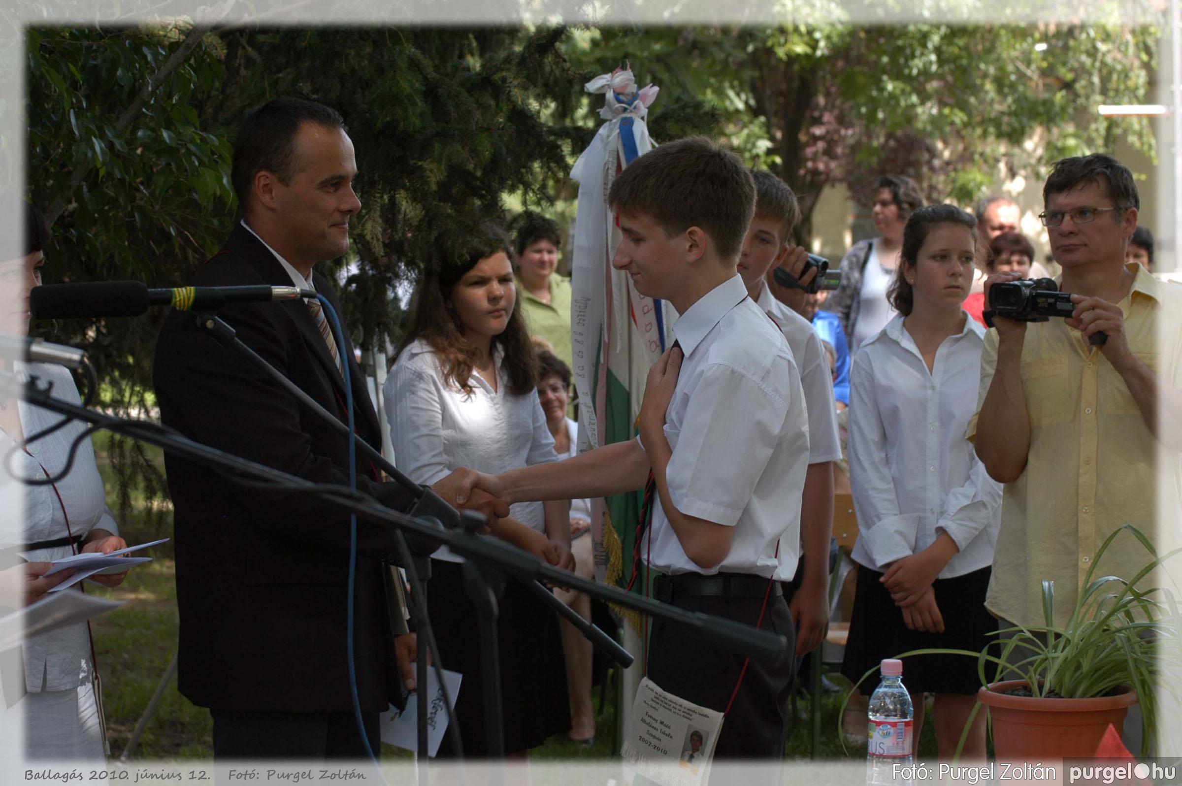 2010.06.12. 367 Forray Máté Általános Iskola ballagás 2010. - Fotó:PURGEL ZOLTÁN© 367.jpg