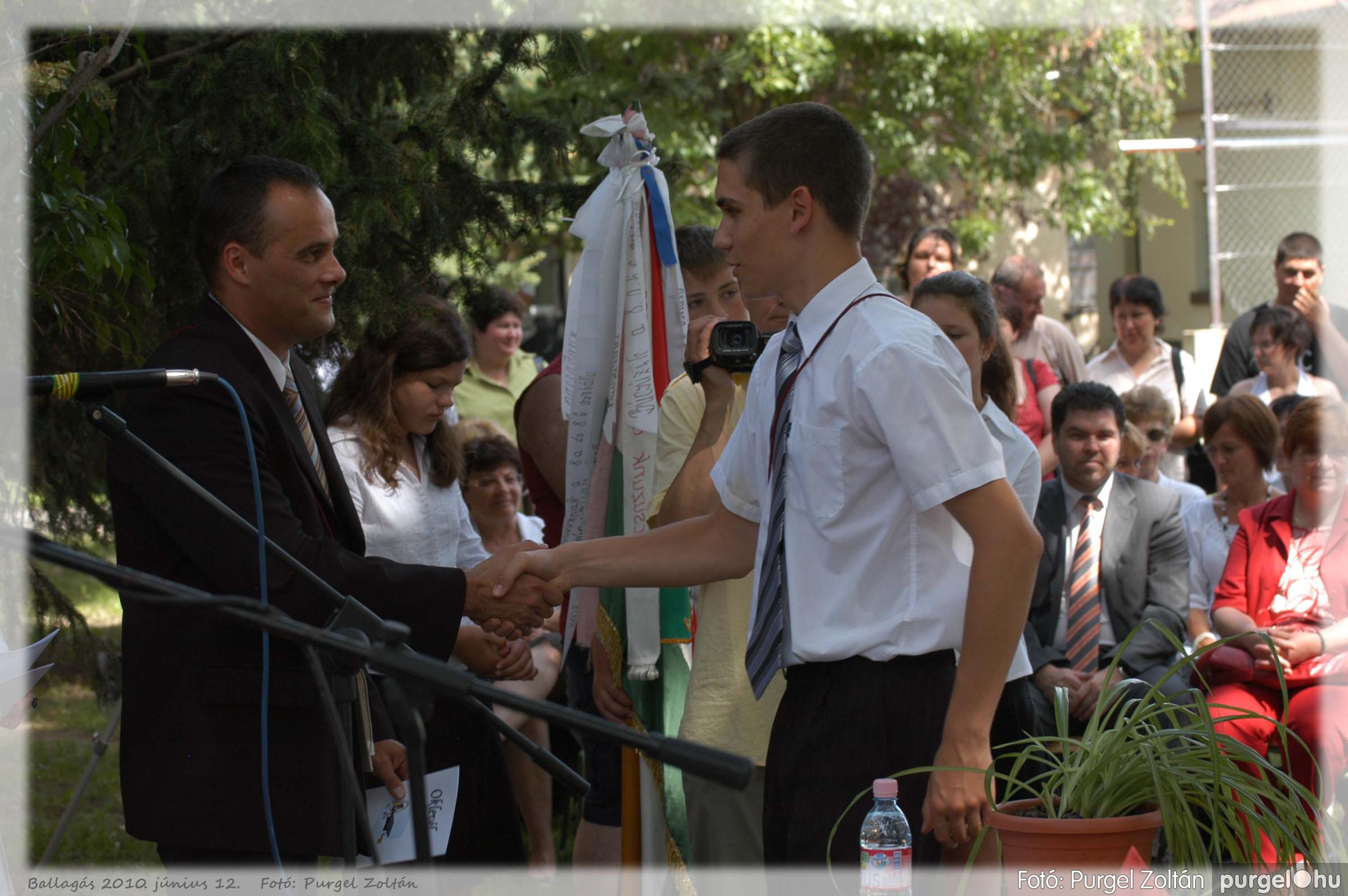 2010.06.12. 363 Forray Máté Általános Iskola ballagás 2010. - Fotó:PURGEL ZOLTÁN© 363.jpg
