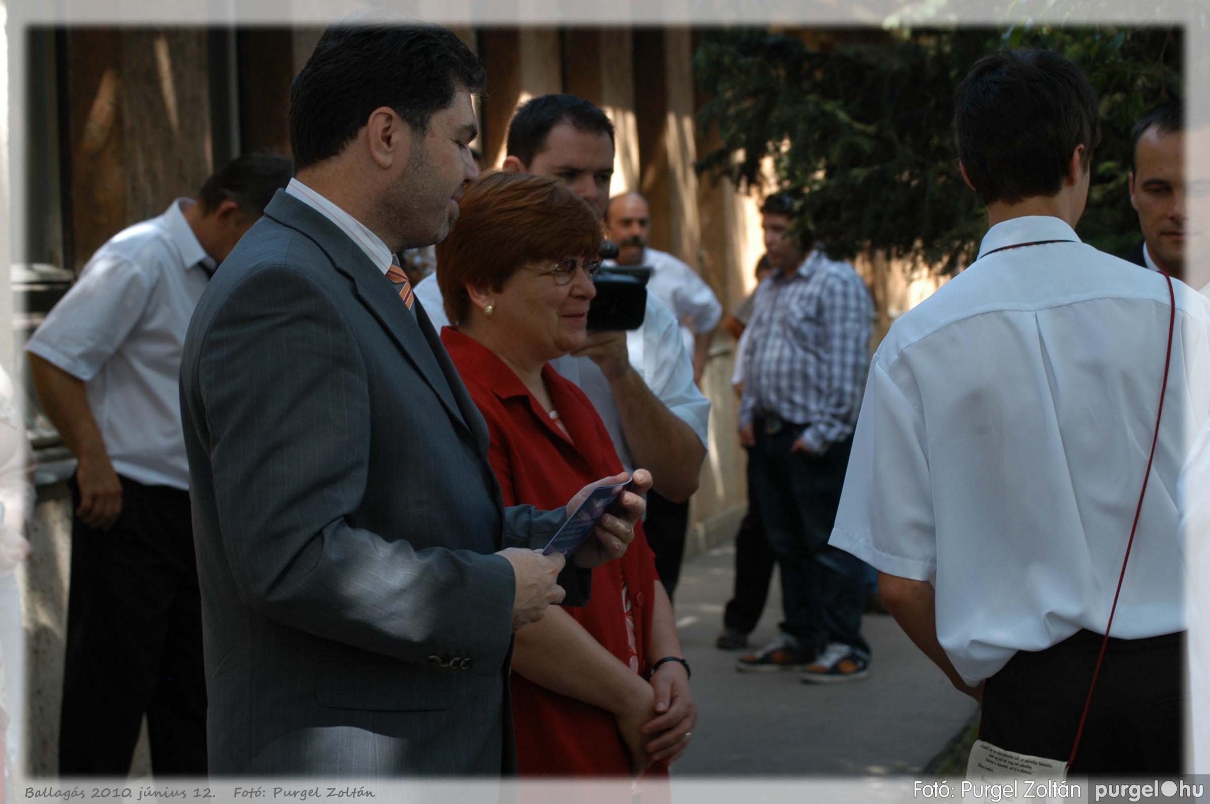 2010.06.12. 301 Forray Máté Általános Iskola ballagás 2010. - Fotó:PURGEL ZOLTÁN© 301.jpg